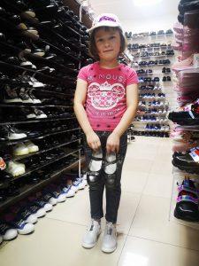 Одежда и обувь для деток с Малышка